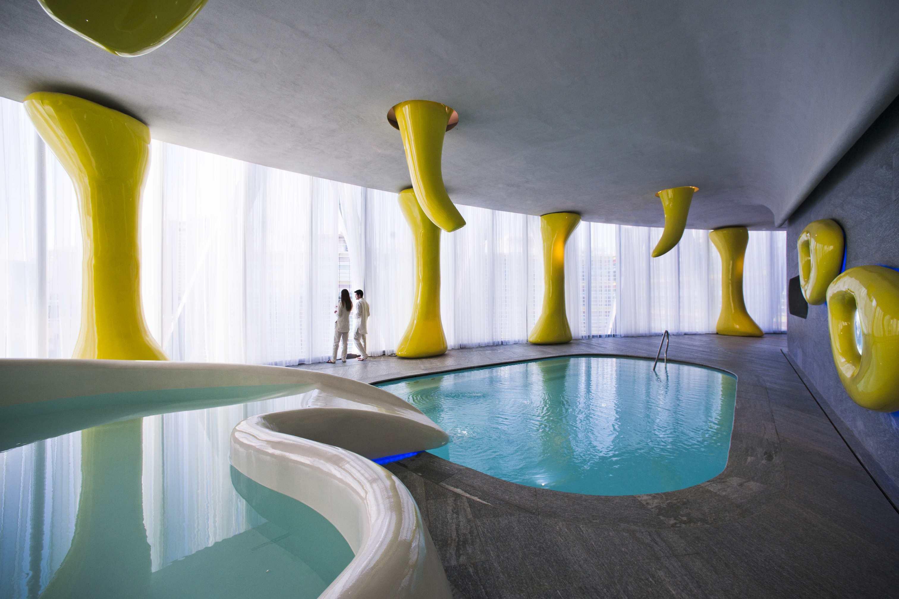 Risultati immagini per hotel barcelo milano