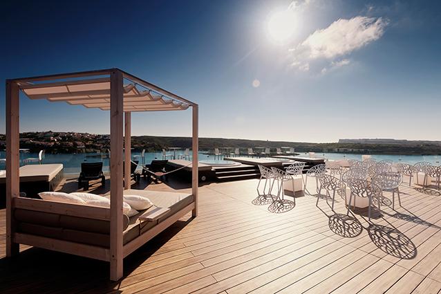 Terraza para eventos de empresa en Menorca