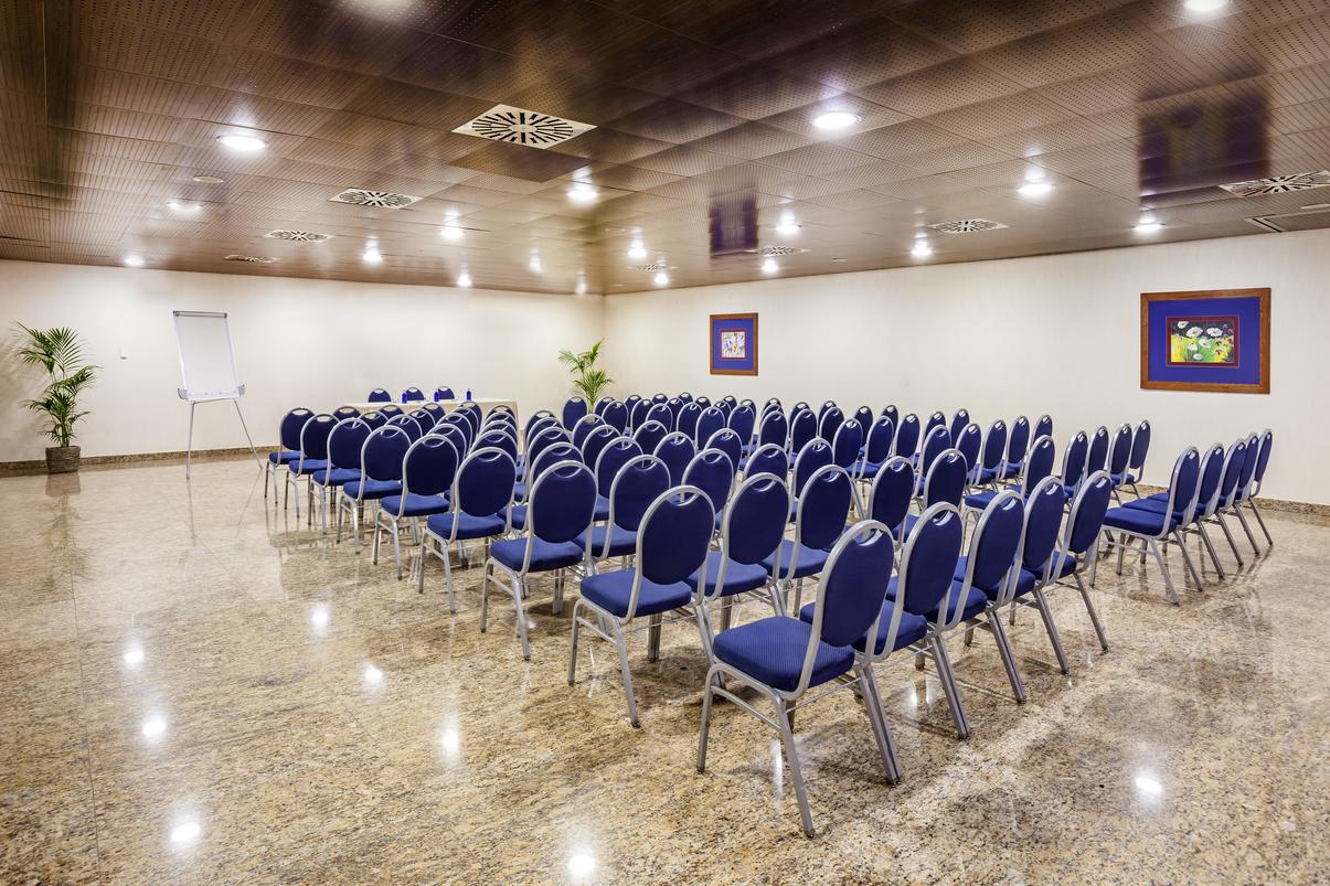 Salones para congresos en Granada
